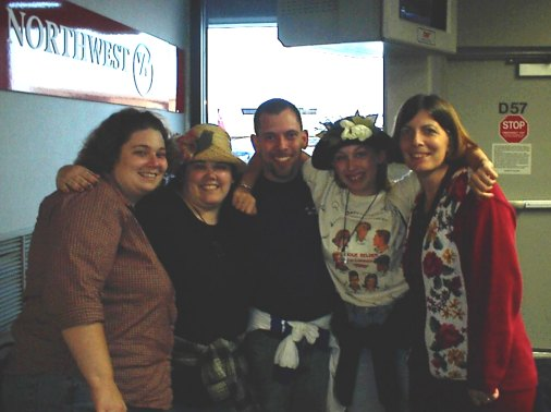 Heather, Misty, Mark, Rachele, and Tweety at the Detroit Airport